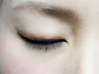 六步搞定彩色眼妆 轻松摆脱沉闷感