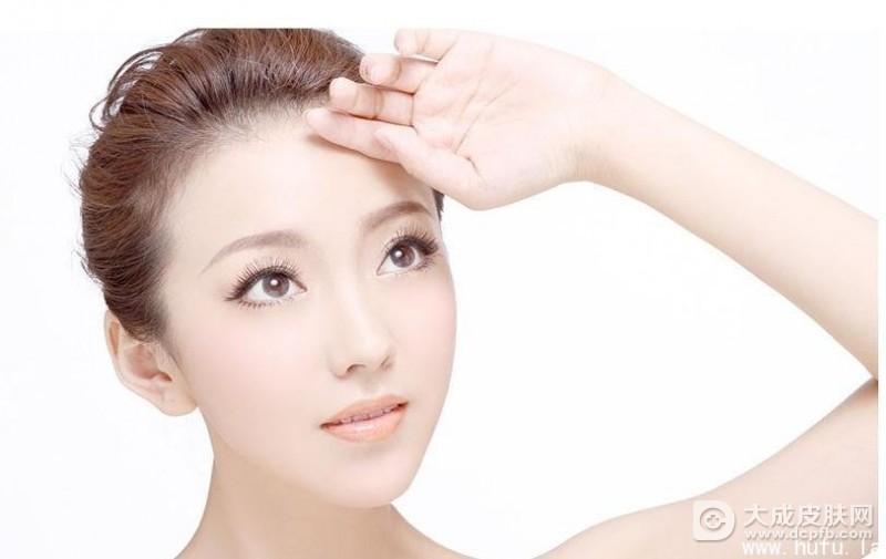 皮肤干燥怎么办 干性皮肤如何美白
