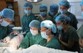 腹腔镜辅助子宫颈上子宫切除术[LASH手术]